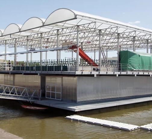 floating-farm-rotterdam-designboom-1